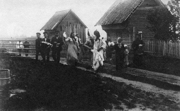 Гулянье в деревне