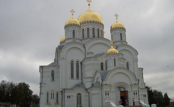 собор Дивеево деревня Дивеево